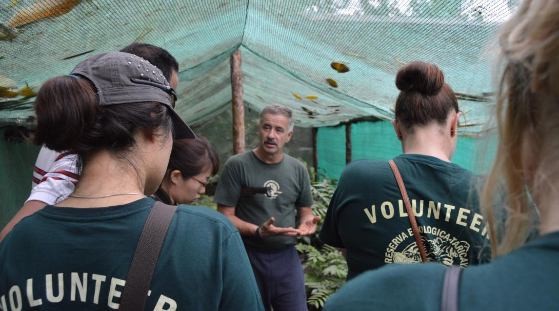 Fernando Rosemberg tells a story to the Conservation volunteers in Peru